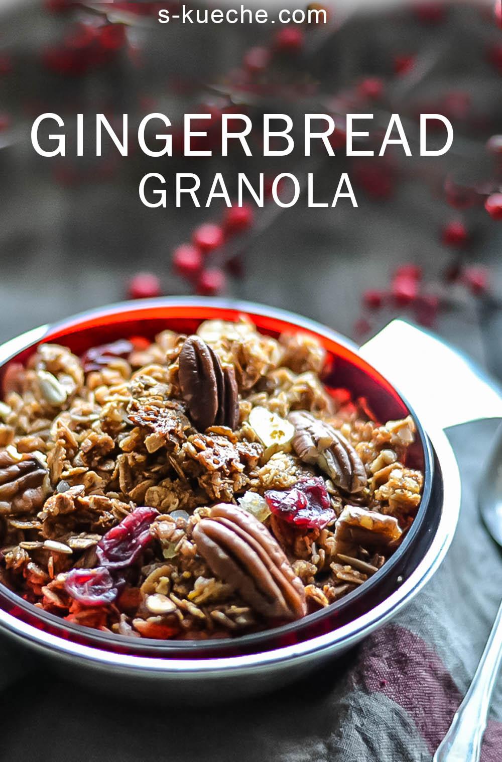 Gingerbread-Granola - der Geschmack von Pfeffernüssen, Ingwer- und Gewürzkeksen in gesundem Frühstück mit Knuspereffekt und Lebkuchen Aroma # frühstück #rezept #weihnachten #granola #gingerbread