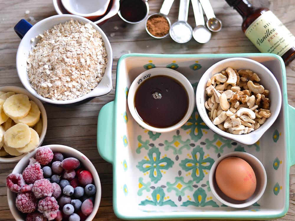 Frühstücksauflauf mit Haferflocken - Baked Oats