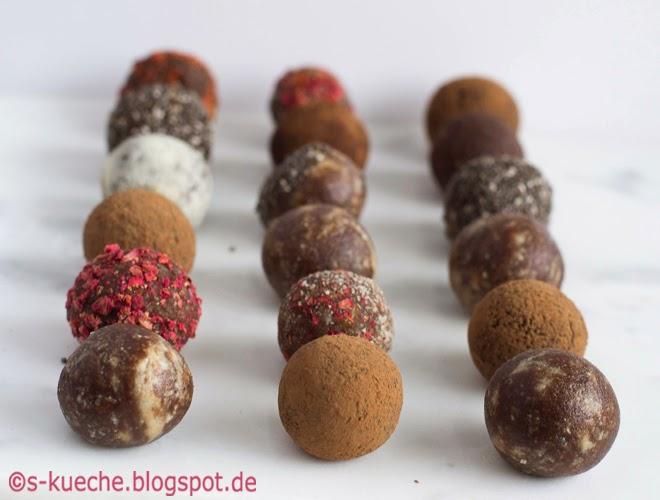 Raw Bites -  Dattel-Kakao Trüffel