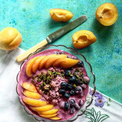 Beeren-Bete Frühstück mit Aprikosen