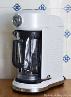 KitchenAid Magnetic Drive Blender