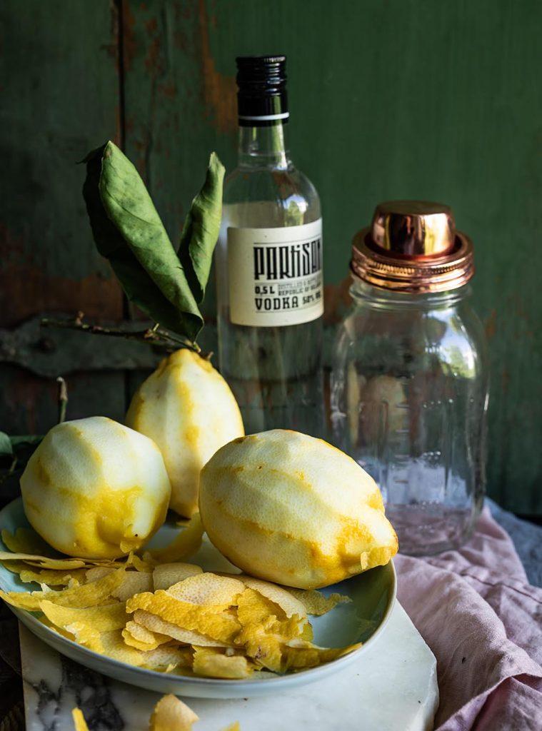 Limoncello - Italienischer Zitronenlikör, das beste Rezept für selbstangesetzten Limoncello