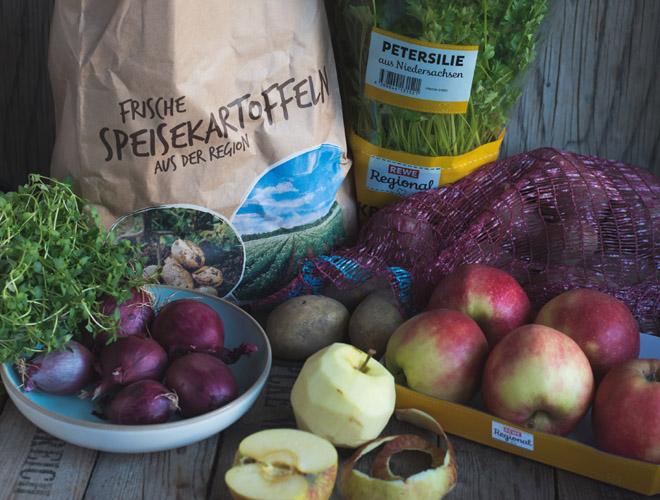 Himmel und Erde - Karamellisierter Apfel, Blutwurst, Zwiebelconfit und Kartoffelpü