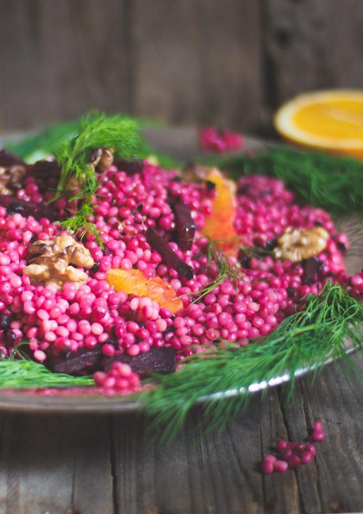 Perl Couscous mit Rote Bete als Salat oder warme Beilage. Rezept für einen frischen, orientalischen Eye Catcher für festliche Tafeln oder Parties