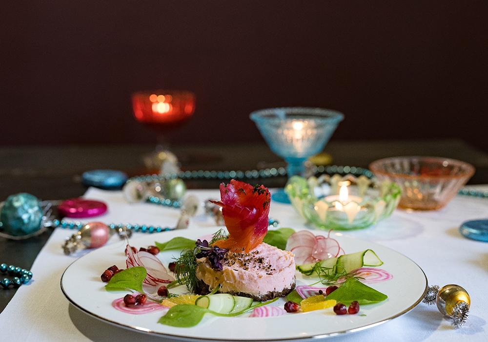 Mini Lachs Mousse Törtchen - Smörgåstårta