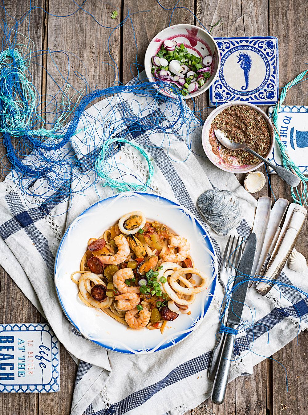 One Pot Pasta Jambalaya mit Meeresfrüchten - Pastalaya mit Frutti di Mare. Herzhaftes Südstaaten Soulfood, einfach, unkompliziert und so gut!