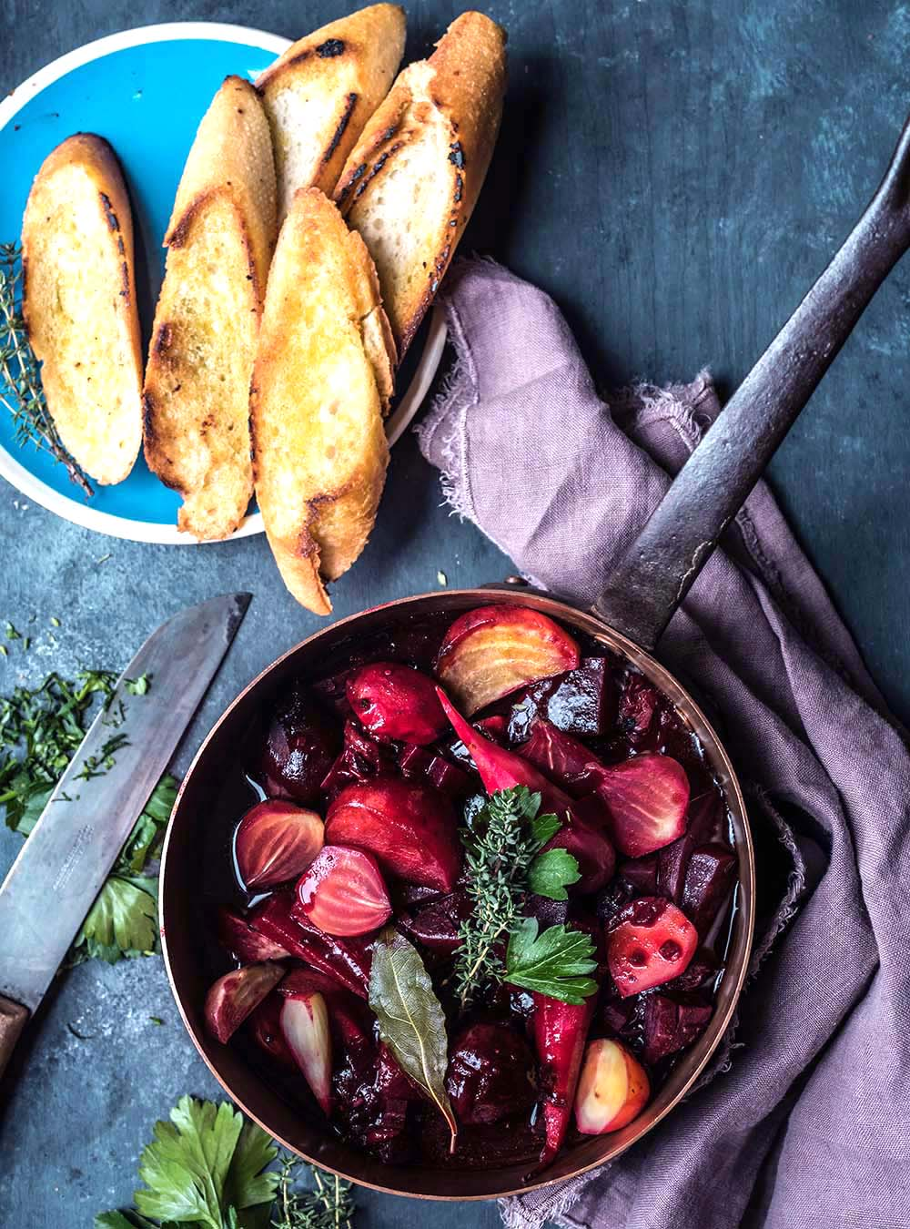 Beet Bourguignon - Rote Bete Schmortopf aus dem Ofen