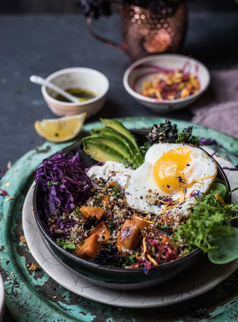 Fit Food Quinoa Bowl für - gesunder Vollwertspaß