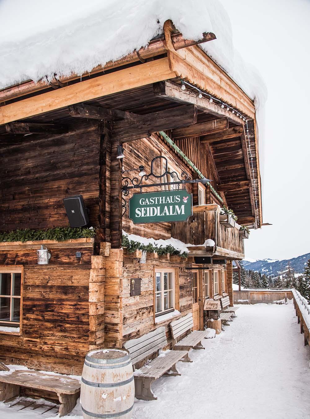 Tiroler Kasspatzln - ein Bergkäse Abenteuer und winterlicher Hüttengenuss