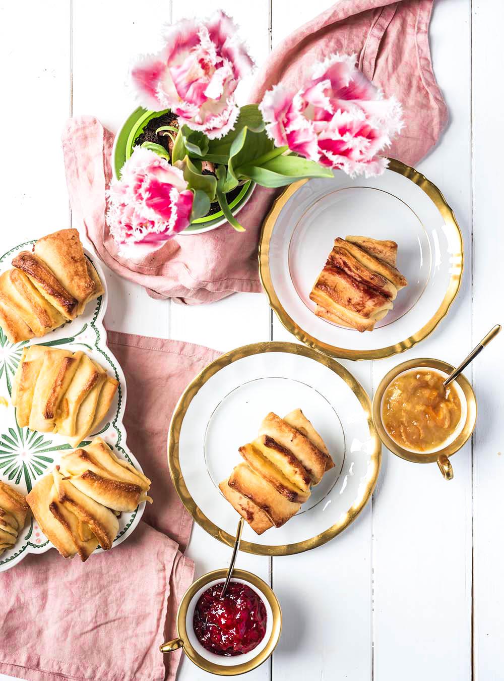 Schnelle und fluffige Zupf-Muffins im Fächer-Look mit Fruchtfüllung
