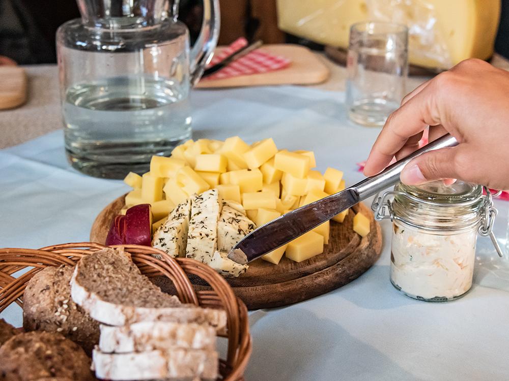 Slow Food Travel im Gailtal und Lesachtal, eine kulinarische Reise zumGailtaler Speck g.g.A. und Gailtaler Almkäse g.U.