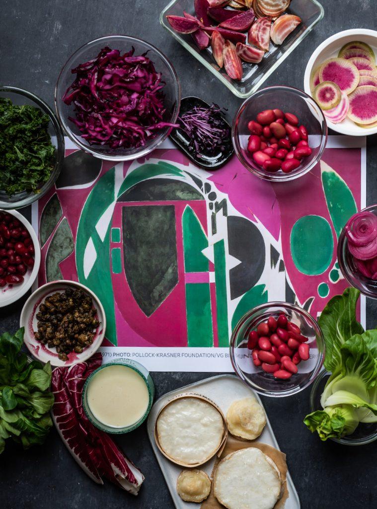 Purpur-grüner Wintersalat mit Misodressing – Mein Rezept zum Bild PALINGENESIS von Lee Krasner zur Ausstellung in der Schirn Kunsthalle