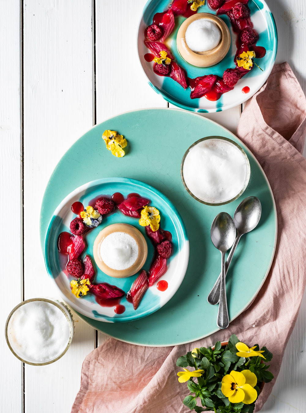 Rezept für Kaffee Panna Cotta mit mit Vanille-Milchschaum