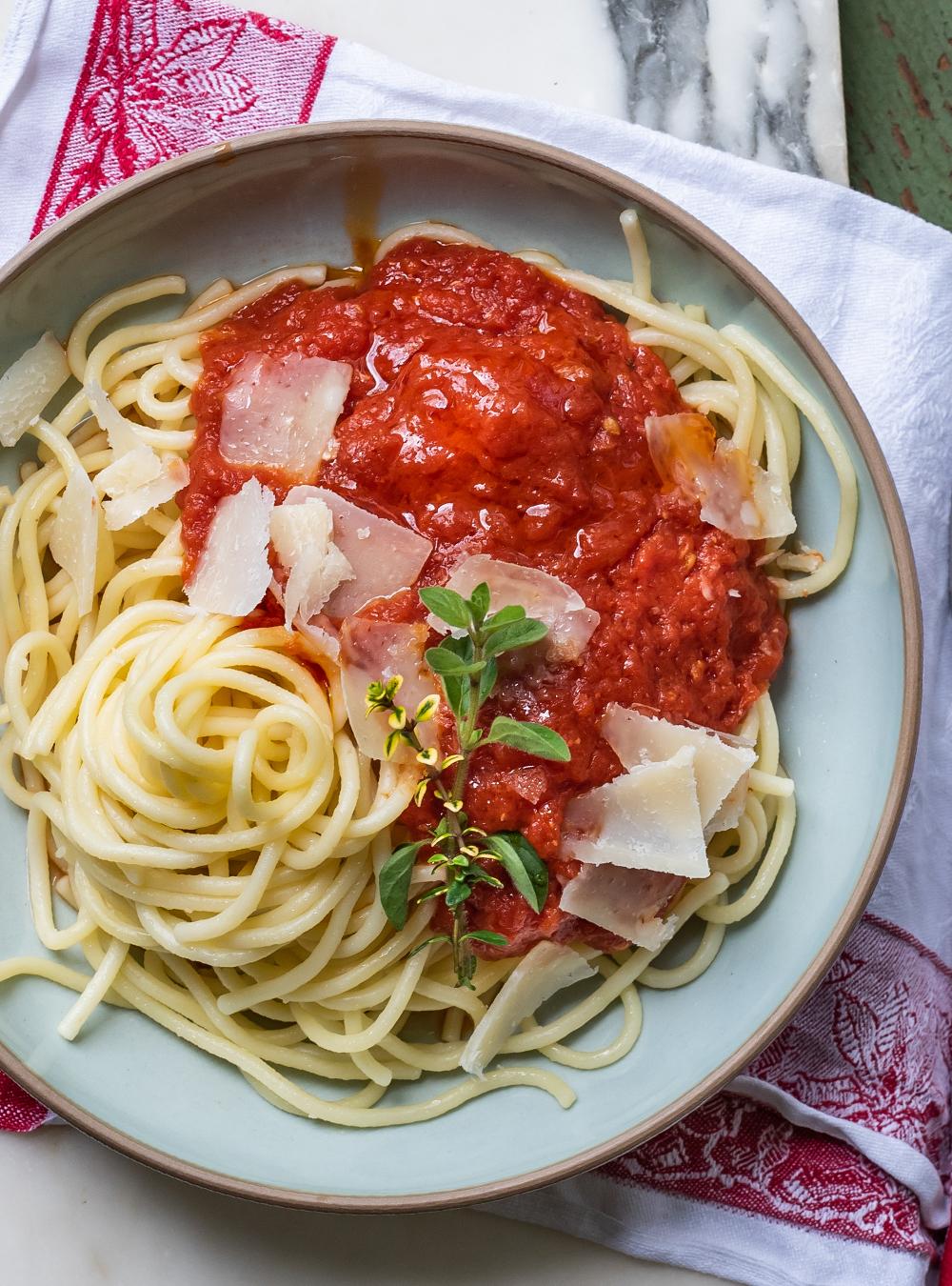 Tomatensauce mit Butter und Zwiebeln von Marcella Hazan