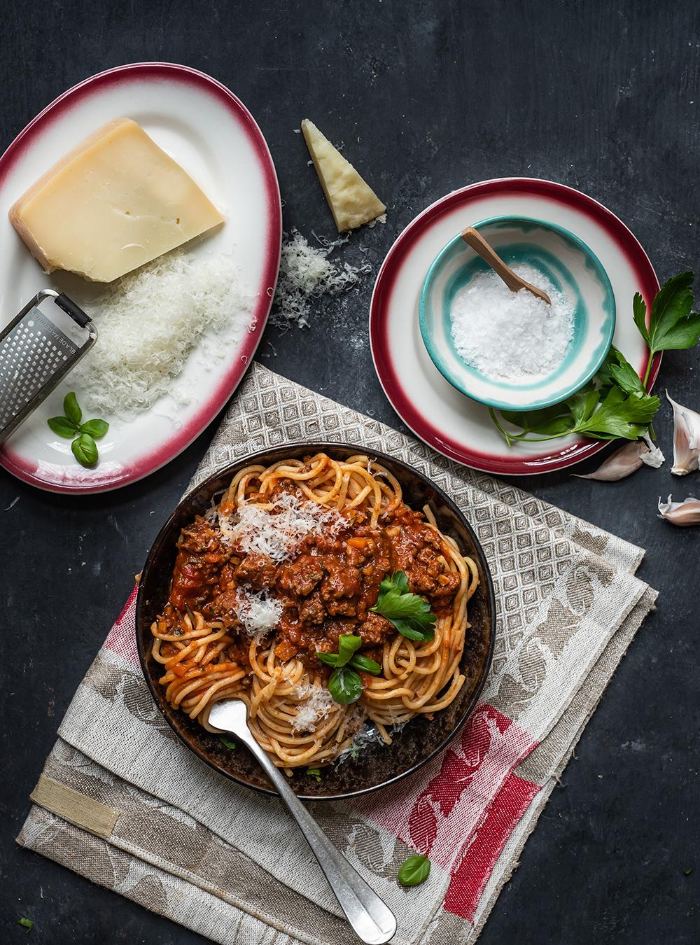 Spaghetti Bolognese, meine ultimative Version des schnellen Klassikers - 7 Tage - 7 geniale Rezepte für Spaghetti mit Tomatensauce