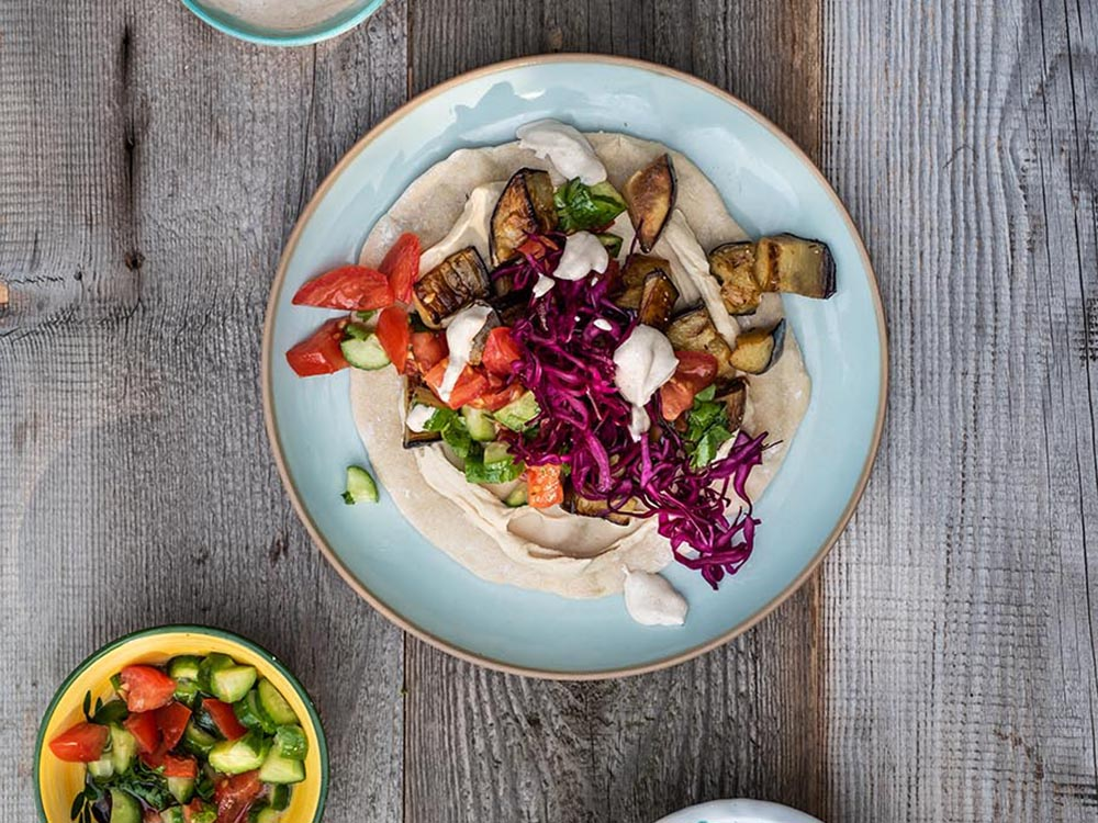 Sabich - israelisches Sandwich - der Streetfood Klassiker aus Israel