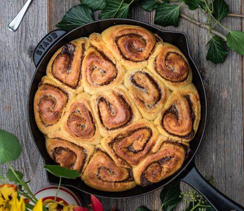 Sehr weiche Kürbis Zimtschnecken mit Kürbis Püree und Pumpkin Pie Spices