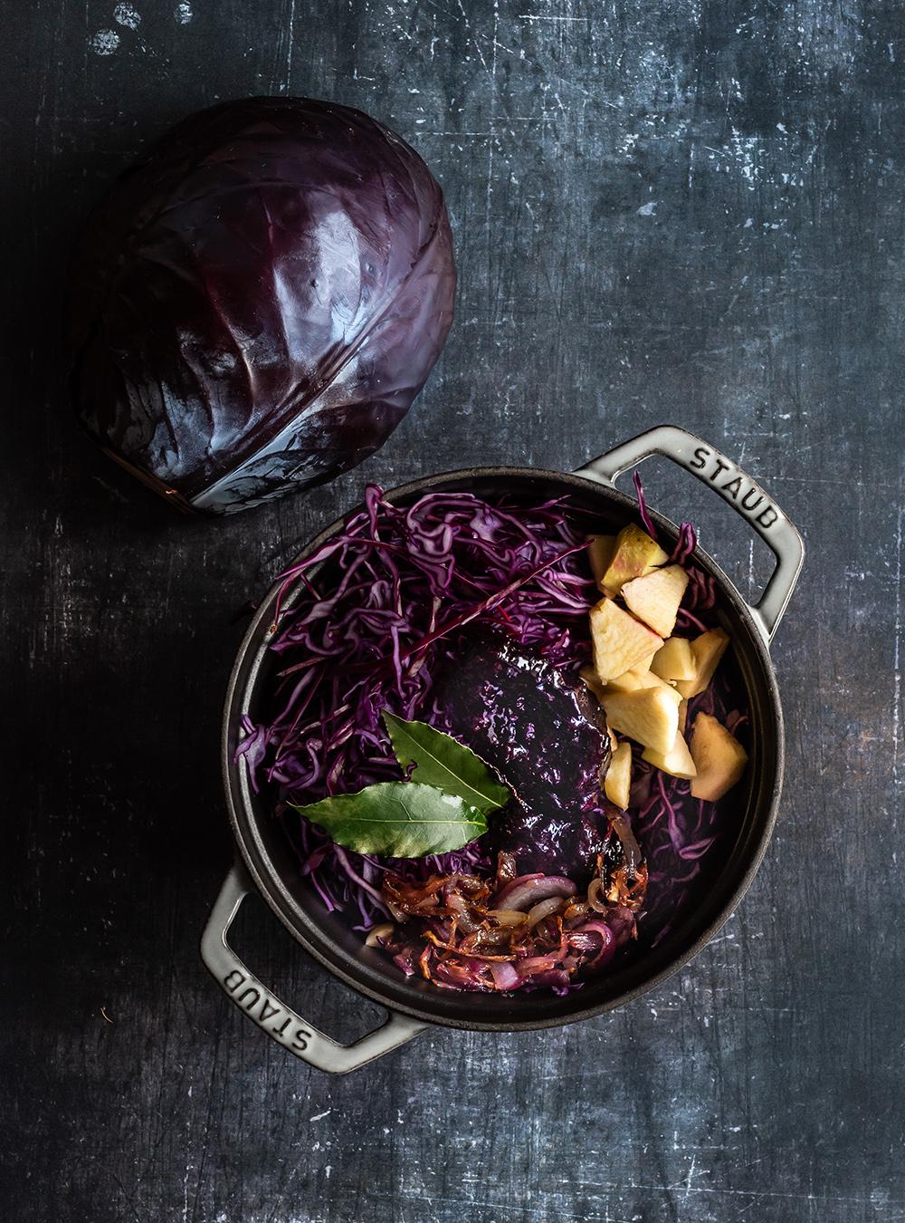 Rotkohl & Rouladen - beides gemeinsam im Ofen gegart