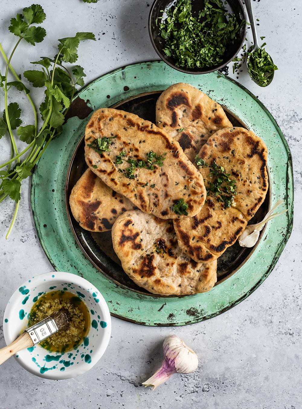 Naan Brot aus der Pfanne - Rezept mit Vollkorn - S-Küche