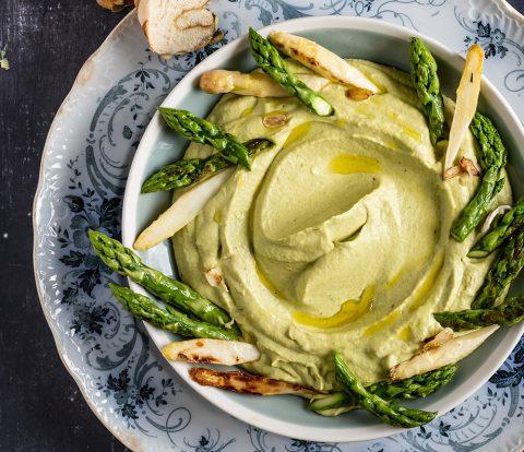 Spargel-Hummus | Rezept für Hummus aus gebratenem grünen Spargel
