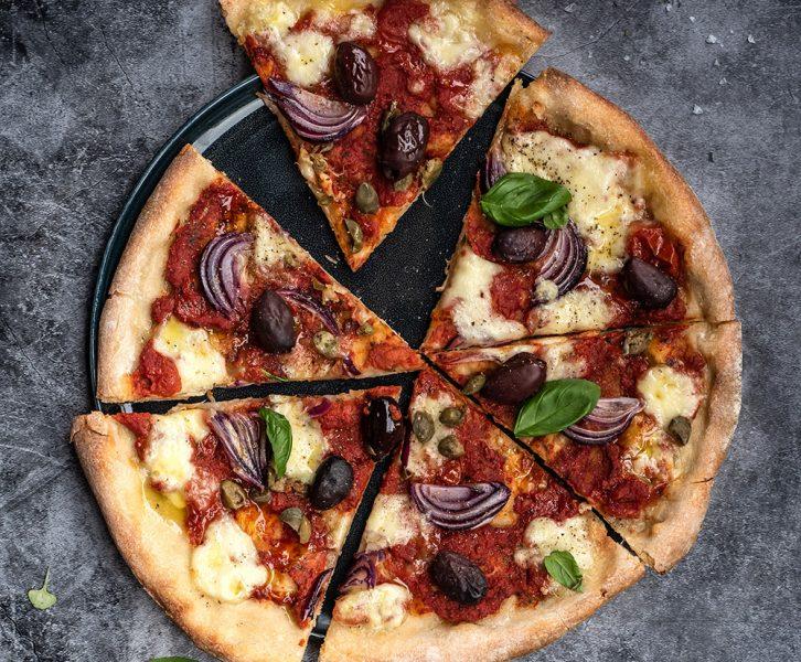 Italienische Pizza vom Traeger Pellet Grill