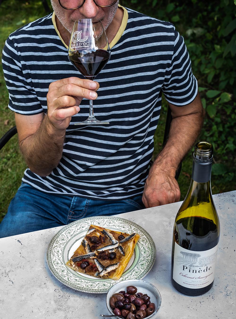 Pissaladière - südfranzösische Zwiebeltarte mit Sardellen, oder vegetarisch