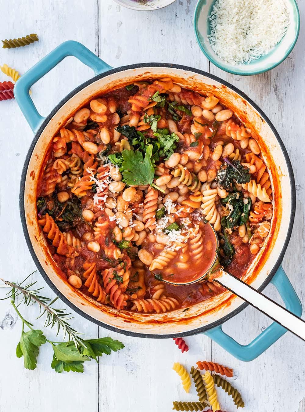 Pasta e Fagioli – Geschmacksexplosion, traditionelle, italienische One Pot und glücklich machendes Eintopfgericht