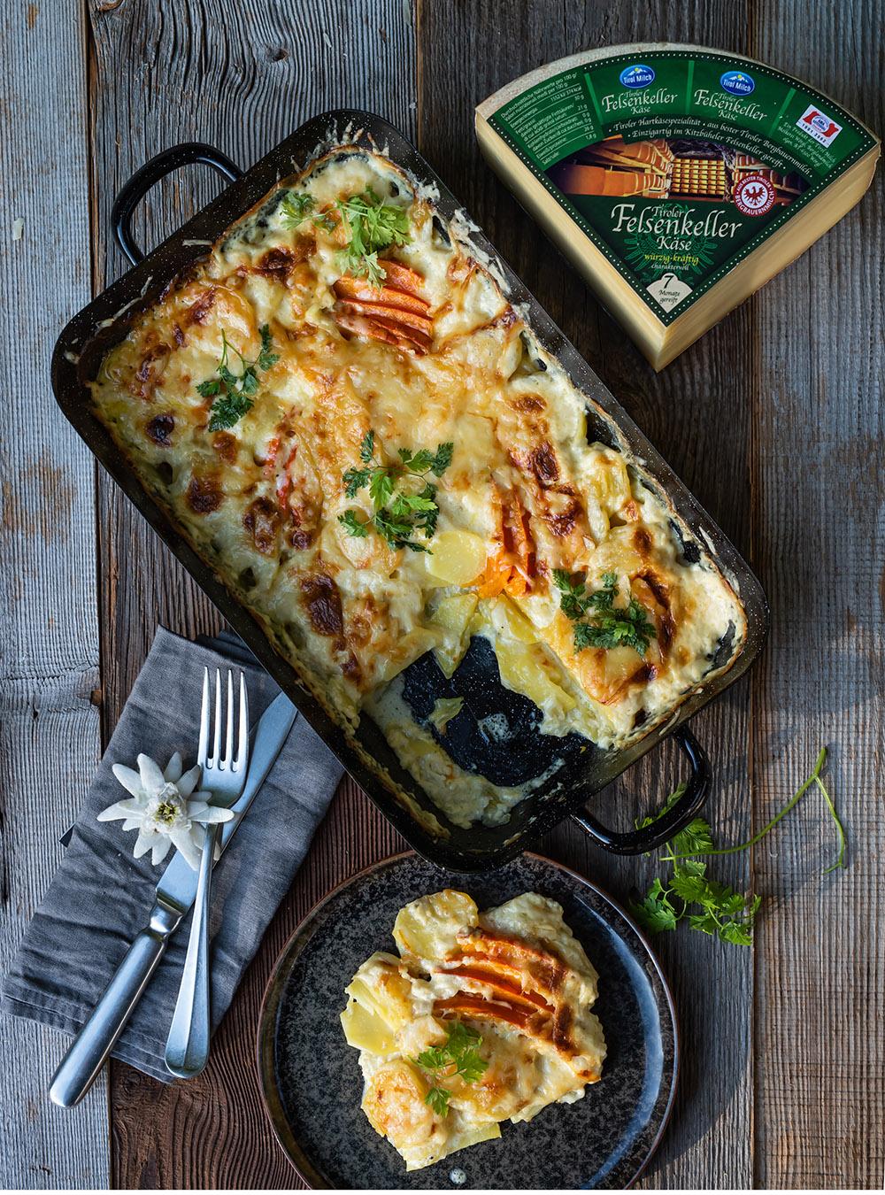 Gemütlicher Kürbis-Kartoffel-Auflauf mit Bergkäse - Rezept | S-Küche